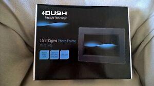DIGITAL PHOTO FRAME / BUSH / 10.1 INCH / BOXED