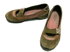 Skechers Brown Slip On Shoes Size 6 Mary Jane Flats Suede Embroidered Flowers