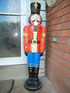 """GIANT SOLDIER NUTCRACKER CHRISTMAS FIGURE - LARGE DELUXE DECORATION - 38"""" TALL"""