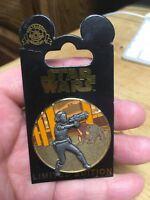 DISNEY PIN - Star Wars Pin of the Month: Geonosis