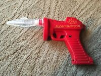 SUPER ELECTRONIC SPACE GUN 1970s Toy Ray Gun Works Flashing Light And Sound