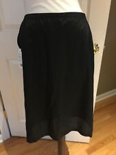 Akris Punto Slip New With Tag Mitchells CT black sz 10 button grossgrain ribbon