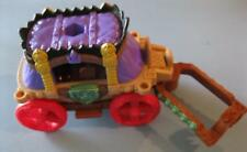 2002 Vintage IMAGINEXT-Medieval BATTLE Castle GOLD ROYAL COACH CARRIAGE 78351