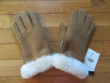 UGG AUSTRALIA WOMENS CHESTNUT SHEARLING GLOVES, 18375, NWT $140, M