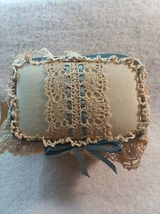 Vintage Country Lace Rattan Basket
