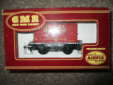 Airfix GMR Railways 54337 J. Miles (Leeds) 1- plank Wagon and container OO Gauge