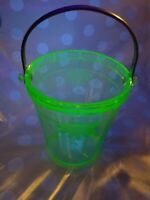 Green uranium Depression cut Glass Ice bucket Marked Patent No.1694165 Vintage