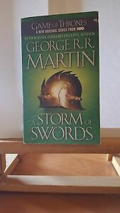 ♦ George R.R. MARTIN - Game of Thrones - A Storm of Swords - Bantam Books - 2011
