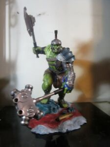 Diamond Select Toys Marvel Gallery: Thor Ragnarok Hulk Pvc Vinyl Figure statue