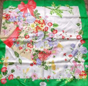 GUCCI Scarf Stole Floral Flower Green Multi Silk Woman Luxury Auth Unused 36 in
