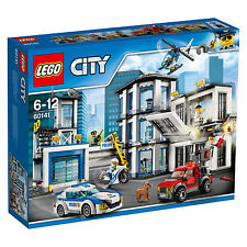 ***Brand New & Free Shipping*** LEGO City Police Station #60141