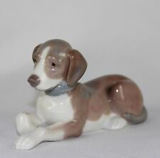 "Lladro ""Relaxing"" #5349 Figurine ~ Beagle ~ Mint With Box ~"