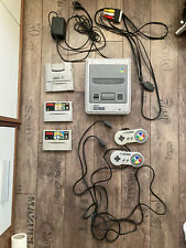 Super Nintendo SNES 2 Controller 2 Spiele Mario Soccer Gameboy