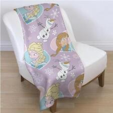 Couvertures multicolores Disney pour le lit