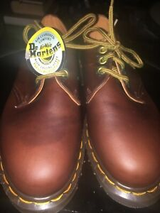 Doc Marten size UK4  made in England 1980's nos