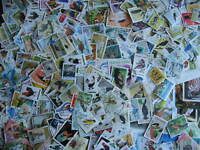 Birds topic 460 different stamps and 11 souvenir sheets a colorful group here!