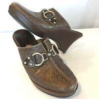 COLE HAAN Womens 7.5 B Brown Leather Slip On Mules Clog Heel Buckle Shoes D18198