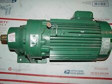 "SUMITOMO SM-Cyclo hm3100 1-1/2 HP 3ph Elektromotor 17:1 Ratio 1-1/8"" Ausgabe"