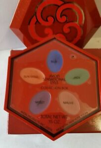 Avon Sensational Eyes Collection Eye Shadow Box.  5 colors, blue, jade, etc