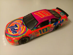 ACTION 1999 RICKY RUDD #10 FORD TAURUS TIDE GIVE KIDS THE WORLD NASCAR 1:18
