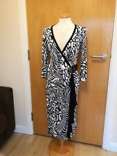 Ladies STAR JULIEN MCDONALD Dress Size 10 Black White Faux Wrap Party Evening