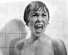 """JANET LEIGH IN THE SHOWER SCENE FROM """"PSYCHO"""" - 8X10 PUBLICITY PHOTO (AZ317)"""