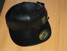 MONSTER ENERGY/ONE INDUSTRIES FLEXFIT FITTED CAP SIZE S/M   / motorcross / cap