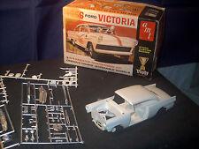 Model Kit 1956 Ford Victoria