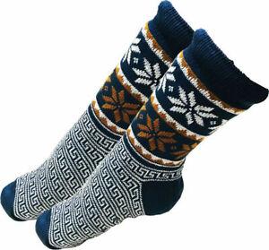 Mens Thick Knit Sherpa Fleece Slipper Socks Blue Base Colorful Snowflakes 10-13