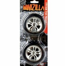 Hot Bodies 1:18 MINIZILLA TIRES MOUNTED CHROME WHEELS One Pair 70480