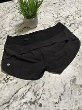 Lululemon Women's Black Shorts - Size 6