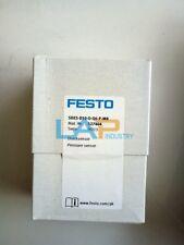 New Festo Pressure Sensor SDE5-D10-O-Q6-P-M8