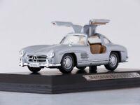 Scale model car 1:43 Mercedes-Benz 300 SL, 1954 (silver)
