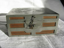 Antique Chinois étain et boîte en bois