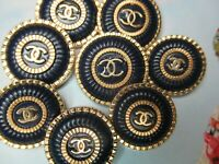 CHANEL BUTTONS lot of  8 NAVY BLUE COLOR 24 -20mm   metal GOLD TONE cc logo