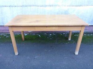 alter großer langer Tisch Esstisch Arbeitstisch Büro Werkstatt, Platte 156,0 cm
