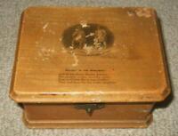 Antique Mauchline Ware Tam O' Shanter & Souter Johnny Trinket Box c1870
