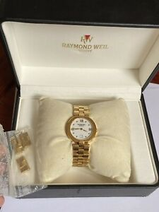 Boxed Raymond Weil Ladies Quartz Watch With Date 9917 Swiss Made