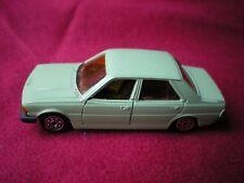 NOREV JET-CAR PEUGEOT 305 N°879 1/43em (vendu sans boite)