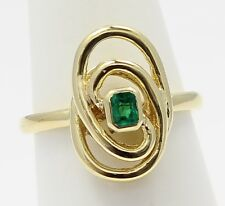 18k Yellow Gold Emerald Stone Knot Style Ladies Ring