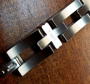 "REVV MENS 8.5"" TITANIUM CROSS BRACELET NEW WITHOUT TAG MSRP $195"