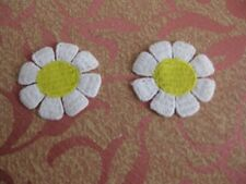 14 pc VENISE~ VENICE ~ DAISY LACE CRAFT TRIM WHITE YELLOW CENTER DOLL BABY #1598