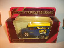 Matchbox - Models of Yesteryear  Y - 19 1929 Morris Cowley Van / Michelin