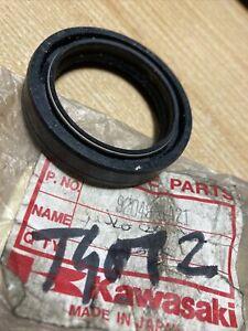 Kawasaki 92049-1421 joint spi fourche ER5 500 Ninja 250R 500R GPZ500S