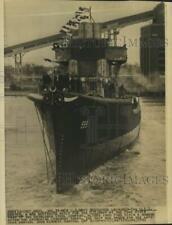 1942 Press Photo Launching of U.S.S. Barton, Navy Destroyer - nom10514