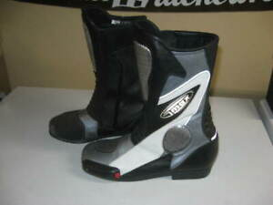GMAX deluxe road race  boots - new size 42 - top quality! Made w/ Kevlar.