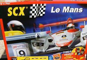 SCX TECNITOYS Le Mans 80500 1/32 Slot Car Set Audi R8 2000 Wireless Controllers
