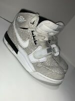 Nike Air Jordan Legacy 312 Sneakers Youth Size 6Y AT4040-100 Gray, Black, White