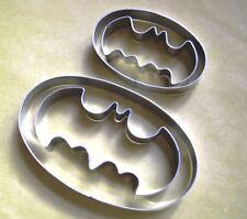 2 Size Batman Logo Biscuit Cookie Cutter Set Fondant Pastry Baking Steel Mold