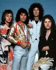 Freddie Mercury, Brian May, Roger Taylor & John Deacon photo - H3062 - Queen